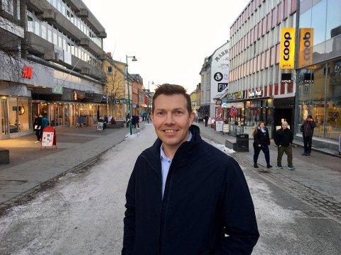 KJEMPER FOR Å OVERLEVE: Øyvind Alapnes er nå innsatt som Norge-Sjef i Choice Nordic. Fra hjemmekontor i Tromsø kjemper han for at konsernet skal overleve koronakrisen. Bildet er tatt før Alapnes endte opp i hjemmekarantene etter en forretningsreise til Stockholm.