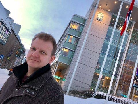 - Når kommunene i Finnmark kan eie kraftselskaper, så må vel kommunene i Troms kunne gjøre det, sier Øyvind Hilmarsen (H) som ikke vil dele Troms Kraft med Finnmark.