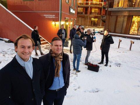 NYTT HOTELL: Erik Möller (tv.) og Marius Kragstad presenterte tirsdag planene for det nye hotellet på Vervet.