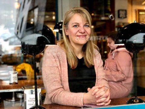NY BANK I NORD: Karianne Olsen i Tromsø jobbet lenge i Sparebanken Nord-Norge. Nå er hun i full sving med å rekruttere fire toppledere til en ny nordnorsk bank.