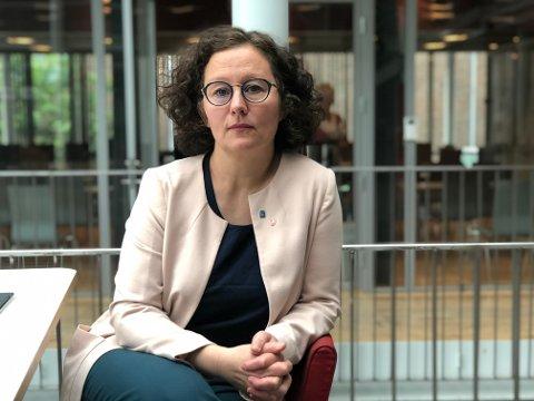VET IKKE: Ordfører Kristin Røymo vet ennå ikke alle konsekvensene av bompengeforliket. Men Tromsøs bomring blir i alle fall utsatt.