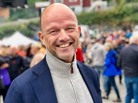 ROP: - Lav arbeidsledighet - og stort kompetansebehov på alle felt i Nord-Norge. Det illustrerer at det ikke ropes på hjelp men en roper på folk, sier toppleder i NHO, Ole Erik Almlid, her på Husøydagene på Senja.