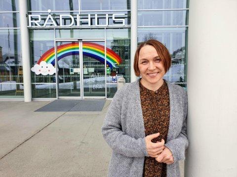 KLAR TIL INNSATS: Annie Skoglund har sluttet som leder i kommunen, men er klar for å ta ekstravakter.