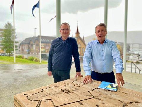 UROLIGE: Kommunedirektør Stig Tore Johnsen og ordfører i Tromsø, Gunnar Wilhelmsen, ser en urovekkende utvikling blant de yngre aldersgruppene i Tromsø. Flere under 23 år trenger mer oppfølging i skole og helsevesen. Det kan bli kostbart på sikt.