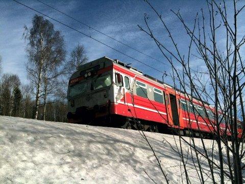 PÅSKESTOPP: Kommunikasjonsproblemer førte til at alle tog  p hele Østlandet stoppet i morgentimene skjørtorsdag.