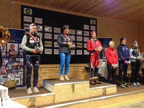Til topps: Kristine Alm Karsrud vant NM-gull for kvinner 18 år, foran Marte Mæhlum Johansen. Foto: Even Braastad