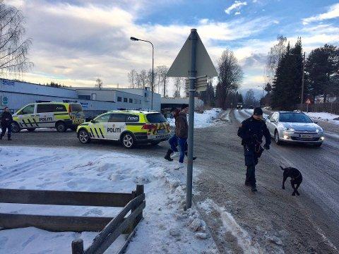 Mannen som ble siktet for grov kroppsskade mot en kvinne i Moelv i desember, er nå siktet for drapsforsøk.