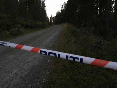 Politiet har sperret av et område på Veståsen.