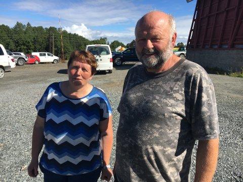 Anita Schjøll og Per Erik Leirdal, ledere i henholdsvis saueavlslaget og sankelaget på Kolbu.