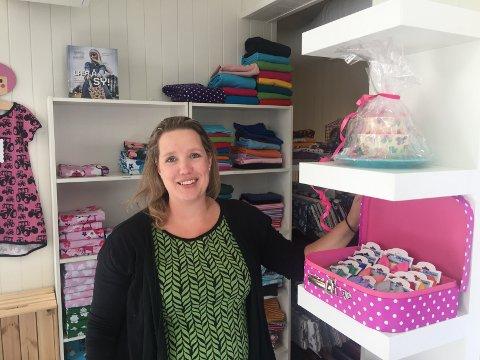 NYE LOKALER: Judith Gunter flyttet butikken Kjekk & Søt rett over Storgata på Dokka i fjor.