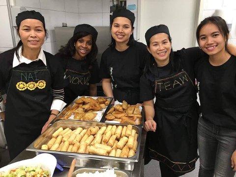 SERVERING: På Globus Kafé  serveres mye god mat og minoritetsspråklige kvinner får arbeidserfaring. (Arkivbilde)
