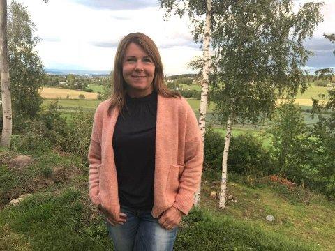 Lene Anita Solberg Olsby ble selv angrepet av ku i sommer og reagerte sterkt da hun fikk høre om kvinnen som ble drept av ku i Snertingdal.