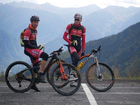 Roar Sollie (t.v.) og Martin Røste Omdahl hadde en følott sykkelopplevelse i Andorra i helga.