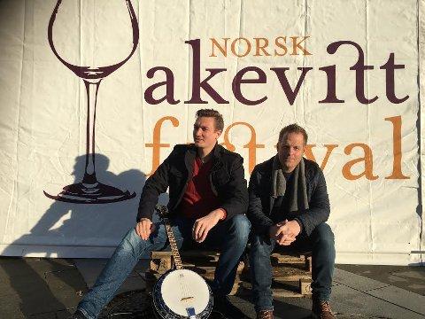 AKEVITT-MUSIKERE: Rodmar Johansen (t.h.) og Gaute Strandlie er klare til å varme opp publikum foran konsertene med Trang Fødsel og Staut under helgas Akevittfestival.