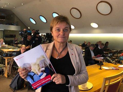 FØRSTE GANG: Rigmor Aasrud frontet for første gang fremleggelsen av Arbeiderpartiets alternative statsbudsjett.