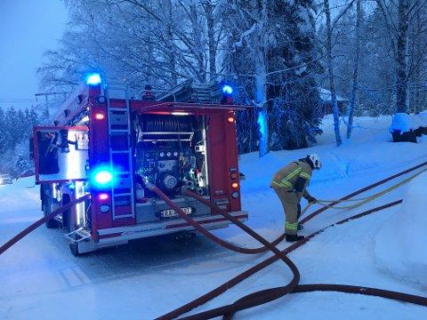 OMKOM: En mann ble funnet død etter en boligbrann i Breiskallen torsdag ettermiddag.