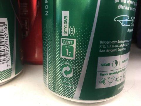 Panten på små flasker og bokser økes fra en til to kroner.
