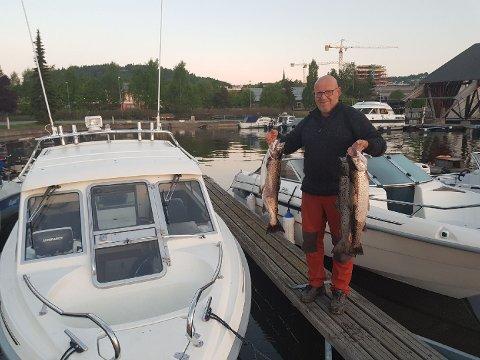 Bjørn Skårudbråten fikk med seg fire flotte ørreter hjem.