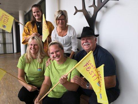 FESTGJENGEN: Prosjektgruppa for årets Landsbyfest på Dokka håper det blir mye folk og full folkefest lørdag 30. juni.