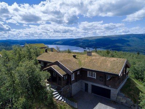 11,6 MILLIONERS UTSIKT: Hytta i Reksla 17 ble solgt for 11,6 millioner kroner i august. Det er ny rekord.
