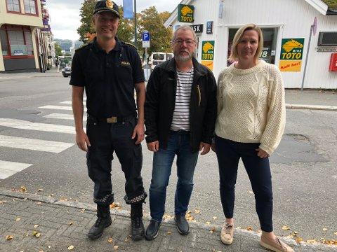 Et tett samarbeid med de videregående skolene, dialog med russen og ikke minst foreldrene er blant tiltakene for å få dempet omfanget av russeferingen i Gjøvik og Toten. Fra venstre Fredrik Lykken, Finn Olav Rolijordet og Randi Hermanrud.