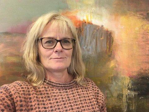 KRITISK TIL NRK-PROGRAM: Psykiater Inger Kragh Nyhus fra Kapp har fått mye respons etter et Facebook-innlegg der hun kritiserer programmet «Lindmo» for å ha invitert Haddy Njie til å snakke om sin nylige bokutgivelse.
