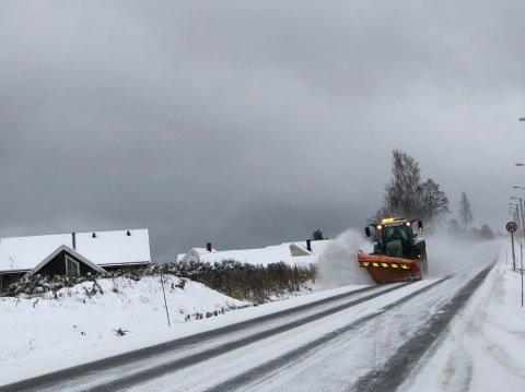 HVITT VÆR: Nå kommer snøen til hele Vestoppland.