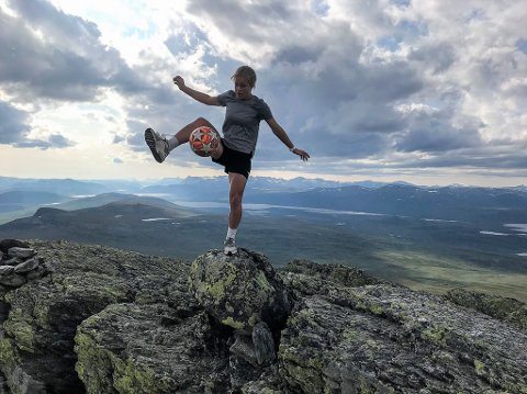 Vanja Rolandsgården trikser både på tredemølle og på fjelltopper.
