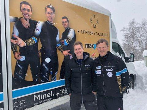 Bjørn Thyli (t.v.) og Roar Grøndalen er naboer på Raufoss og er to av smørerne til Team Kaffebryggeriet.