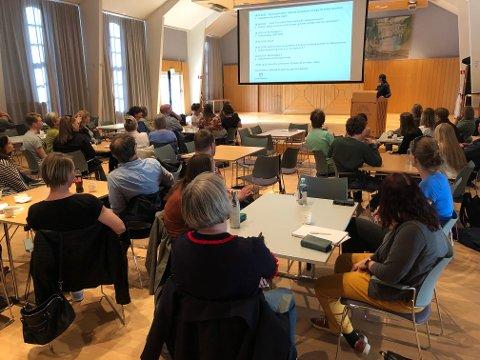 WORKSHOP: Som et ledd i arbeidet med kulturstrategien 2020 – 2030 og nytt kulturhus, inviterte Gjøvik kommune til idédugnad i Gjøvikhallen mandag.