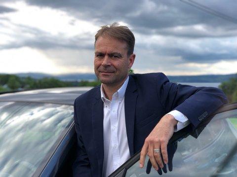 ANDRE ALTERNATIVER: – Vi ønsker ikke å si opp ansatte, men heller se på hvordan vi kan øke topplinjen, sier daglig leder Øyvind Sulland i Sulland Gruppen.