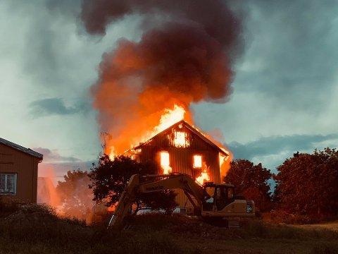 TOTALSKADET: Huset i Vestre Gran kan ikke reddes.