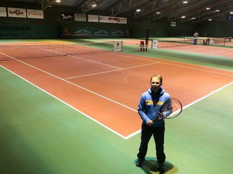 Per Granlund, Gjøvik Tennisklubb, Tennishallen