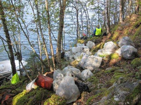 TRE TONN: Naturvernforbundet samlet inn enorme mengder søppel.