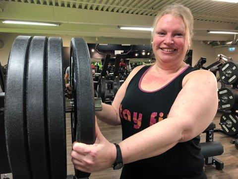 Sonja Mona Syversen er glad for at hun tok mot til seg og begynte å trene for halvannet år siden. Nå har det blitt en livsstil og et mye bedre liv.