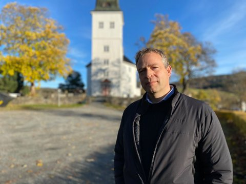 FRYKTET: Ordfører i Jevnaker, Morten Lafton, sier han har tenkt på at dødsfall kunne skje også i nærområdet.
