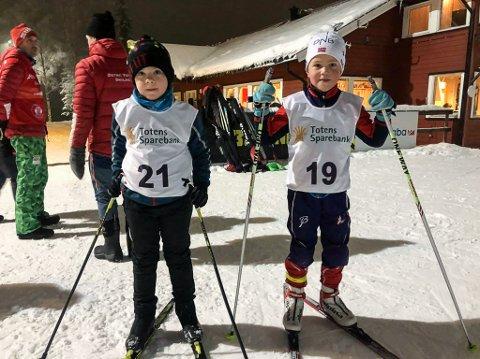 Henry Fjeldheim-Hansen og Magnus Haug Lundby syntes det var stas å gå klubbrenn i Karidalen.