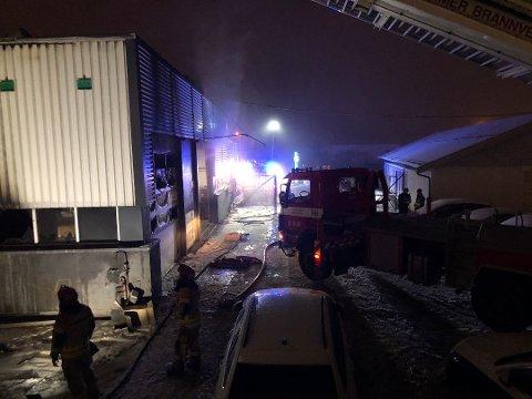 Her brenner det i verkstedbygningen Foto: Torbjørn Olsen