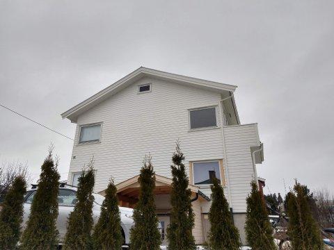 ENEBOLIG: I matrikkelen er denne bygningen i Tongabakken registrert som enebolig, ikke hybelhus.