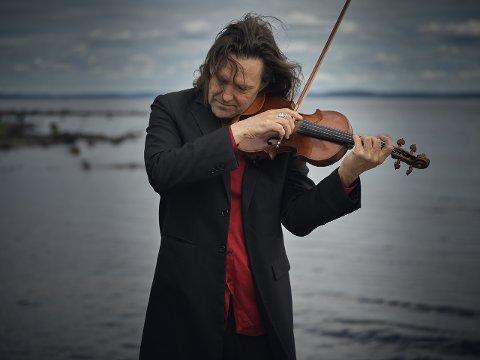 LEDER AN: Atle Sponberg er kunstnerisk leder i Sinfonietta Innlandet.