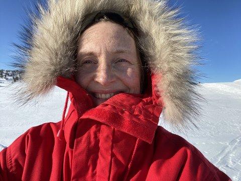 UT PÅ TUR: Daglig leder i Den norske turistforening Gjøvik og omegn, Elin Enger, har laget 10 turtips til folk som vil komme seg ut i naturen.