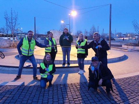 Trine Hoff, Karsten Torp, Ketil Solheim, Vilde Granum Evensen og Adrian Sagvold er blant de som allerede fra i dag er blitt en hold-avstand-venn.
