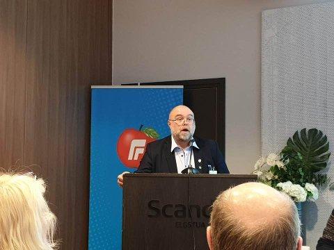 TYDELIG: Lars Rem skal jobbe knallhardt i valgkampen. Det forventer han at Carl I. Hagen også gjør om han får førsteplassen på liste til Oppland Frp.