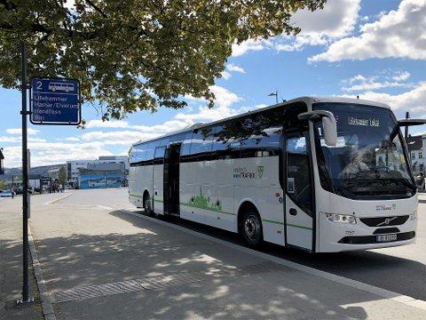 FORBUDT UTEN LEDSAGER: Rullestolbrukere nektes å ta bussen fra Gjøvik til Lillehammer, hvis de ikke har med en ledsager som kan sikre rullestolen for dem.