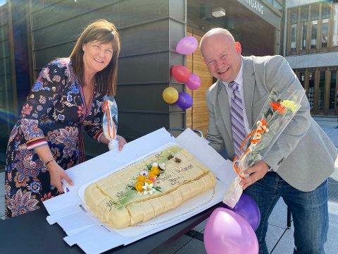 INGEN KAKE: Det blir neppe kake å få når Musikk i Innlandet offisielt stiftes i morgen på rådhuset. Ordfører Torvild Sveen og kultursjef Anna Thorud Hammer er blant de få som kommer til å være tilstede.