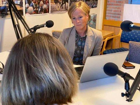 LYS I MØRKET: – I april var det 3500 helt ledige i Gjøvikregionen. I dag har vi i underkant av 1600 helt ledige. Det er en positiv utvikling uke for uke, sier Nav-leder Reidun Karlsen i Gjøvik.
