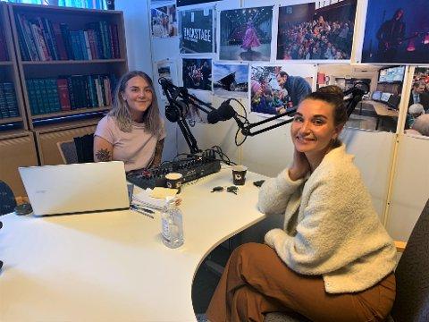 NY PODD: Marie Gram (t.v.) og Nora Jabri har mye på hjertet etter å vært borte fra hverandre en uke.