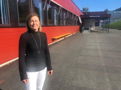 VAR FORBEREDT: Rektor Ragnhild Ulheim ved Kopperud skole sier de var forberedt på en situasjon der elever og ansatte måtte i karantene.