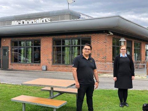 OPPUSSING: McDonald's Gjøvik vil bli Norges mest moderne ifølge Irfan Ahmad og Cecilie Korsell Martinsen.