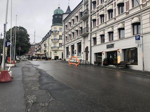 STOPPET: Etter et besøk på restaurant i Gjøvik, ble en mann i 20-åra fra Toten stanset av politiet. Ifølge betjenten på stedet, hadde mannen rødsprengte øyne, var urolig og sløv.
